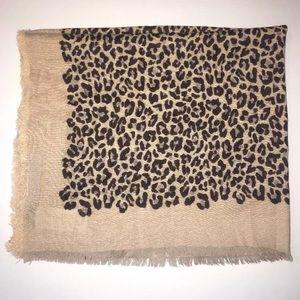 Stella & Dot Park Slope Leopard Scarf Viscose